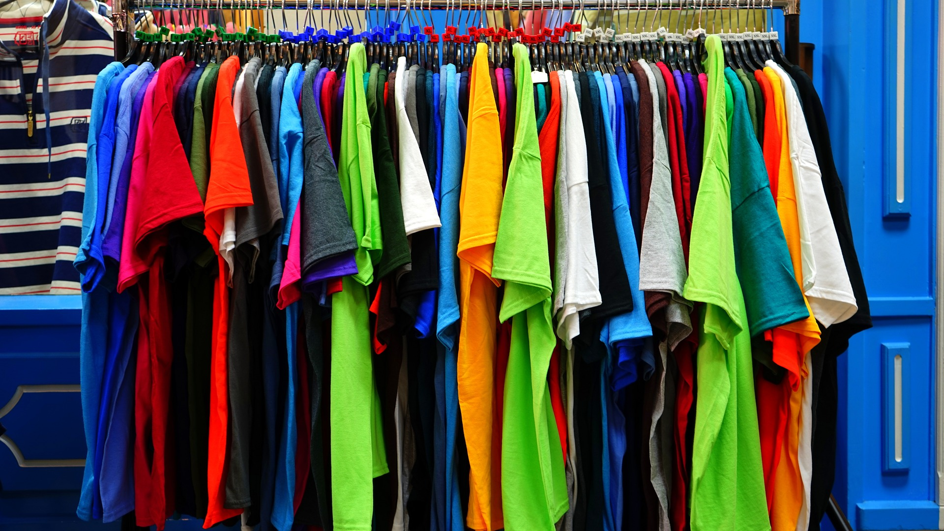 picture credit: Mike Birdy, pixabay.com Carcinogenic, mutagenic, and reprotoxic (CMR) substances will be banned from textiles in future.